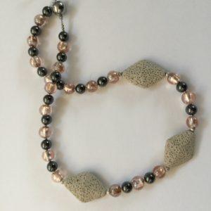 2-collier-lavastein-trapez-muranoglas-haematit