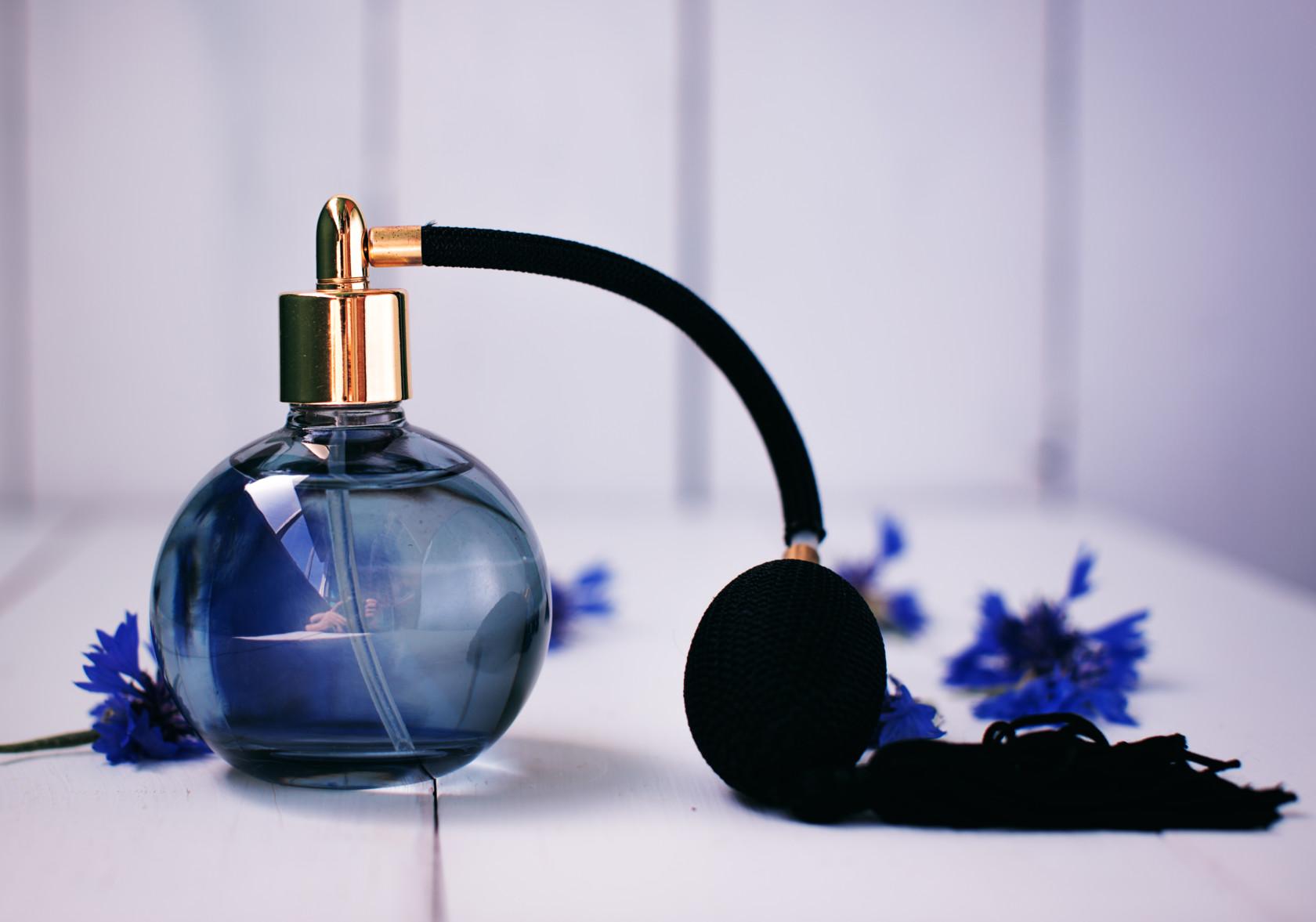die parfum box standard damen orientalisch barluxe. Black Bedroom Furniture Sets. Home Design Ideas